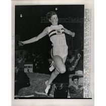 1965 Press Photo Mary Rand sails long jump champion won - RRW73249