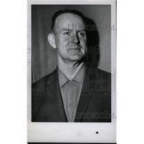 1960 Press Photo Milton Jowes Coach National Athletics - RRW80309