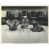 1971 Press Photo Mouse Owl Frog Childs terrace Nimble - RRX97605