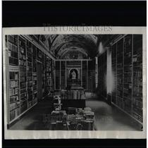 1931 Press Photo Vatican City Library Collapse Murder