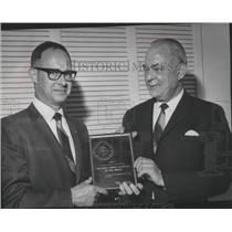 1970 Press Photo Clyde F Brookman receives Federal Aviation Administration award