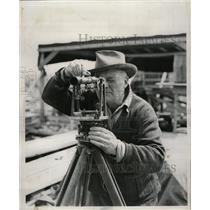 1954 Press Photo David Livingston field transit Dale - RRW22747