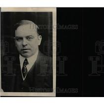 1925 Press Photo Two Men Fight Control Parliament Elect - RRW78589