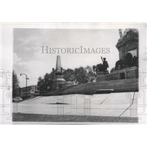 1952 Press Photo The Independence Monument above the sunken soil-Mexico City