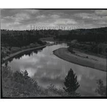 1954 Press Photo View of wide winding Spokane River - spa97896