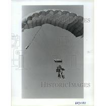 1992 Press Photo Serena Petrucelly & Danny Milley- Tandem jumping - spb01503