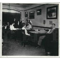 1910 Press Photo Employees of Milwaukee's Chris Schroeder Insurance Co