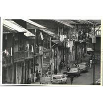 1980 Press Photo Poverty-stricken district's housing in Panama - mjb69354
