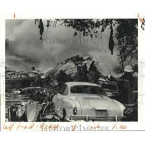 1982 Press Photo Smoke and Wreckage of Pan Am Flight 759, Kenner, Louisiana