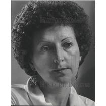 1977 Press Photo Dolores Niles, therapist and alcoholism expert Wisconsin