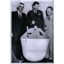 1960 Press Photo Miller Richard Curtin Bernard aide - RRX57655