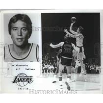 1977 Press Photo Los Angeles Lakers forward Tom Abernathy - sas02253