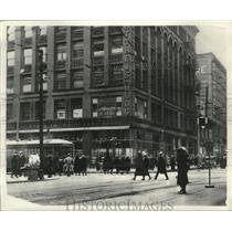1892 Press Photo 1892 Matthews Building saved from demolition by F.W. Woolworth