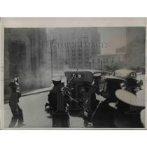 1938 Press Photo Government Carbineros fired a fusillade into a building