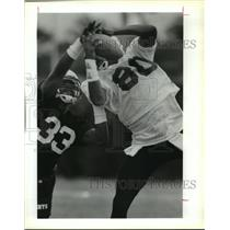 1993 Press Photo New Orleans Saints Mini Camp Tyrone Hughes & Wesley Carroll