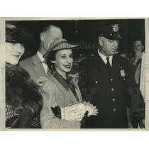 1936 Press Photo Peggy Ann Landon daughter of Kansas Gov Alf Landon - nef71205
