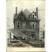 1931 Press Photo Dr. Giovanni Giurato's home badly damaged after bomb explosion