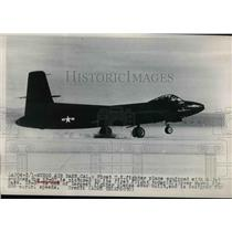 1948 Press Photo XP-87 Jet Fighter takes off on first flight over Muroc AFB