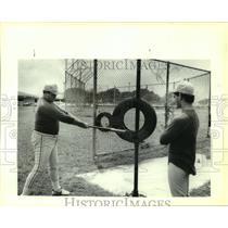 1987 Press Photo Holmes High School baseball coach Bill Bryant and player