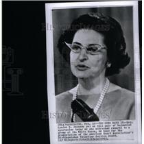 1965 Press Photo Lyndon Johnson bejeweled White House - RRX45539