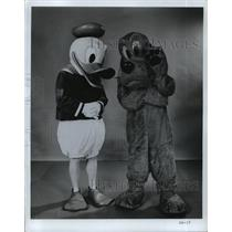 1971 Press Photo Donald Duck and Pluto Walt Disney characters. - mjp11406