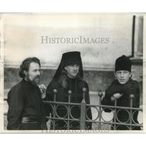 1955 Press Photo Three Russian monks from the monastery enjoy the outdoors.