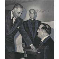 1958 Press Photo Egypt's H. Salim, Father Joe Abi Chedid & attorney M.C. Zanaty