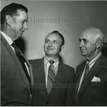1972 Press Photo G. O. Spencer, Doctor Reuben, Doctor Emmett Carmichael at Event