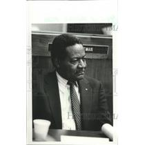 1986 Press Photo Airport Authority Roosevelt Bell, Birmingham, Alabama