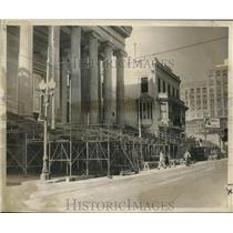 Press Photo Work in front of the Gallier Hall in New Orleans - nob13821