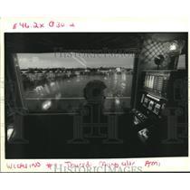 1993 Press Photo Virginia Ballew plays the slot machines at President Casino