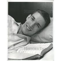1965 Press Photo Brian Sternberg Pole Vaulter Univ Wash - RRQ21511