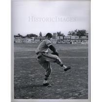 1958 Press Photo Robert Bob Miller MLB Pitcher Youngest
