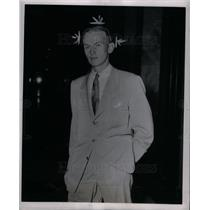 1949 Press Photo Edward J. Schoennen