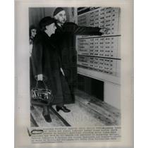 1948 Press Photo Mayoress Louis Schroeder Ernst Reuter