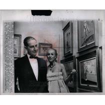 1971 Press Photo Cornelius Vanderbilt Whitney art sale