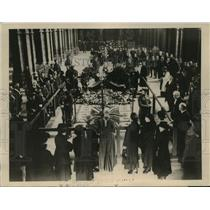 1920 Press Photo Body of Unknown Warrior lying in state in Westminster Abbey