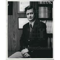 1972 Press Photo Robert V. Sanders, Administrator, Hill Crest Hospital