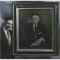 1960 Press Photo R. P. Steed with Painting of Doctor Houston Cole at College
