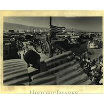 1994 Press Photo Citi Soleil resident showing support of American Occupation
