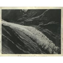 1936 Press Photo Glacier in the Himalaya mountains in Tibet. - mjx47219