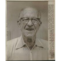 1975 Press Photo Bucky Harris Player Manager Hall Fame - RRQ37237