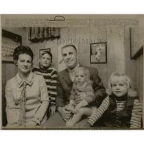 1970 Press Photo Jim Perry - RRQ44171