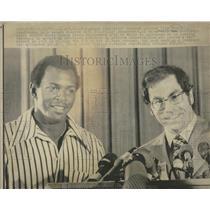 1972 Press Photo Oakland Athletics Press Conference - RRQ50255