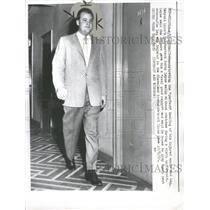 1957 Press Photo Detroit Lion Bobby Layne Walk Ankle - RRQ52729