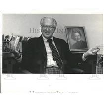 1984 Press Photo Ed McCaskey Chairman Chicago Bears - RRQ59973