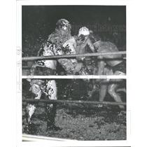1941 Press Photo Stickiest Wrestler American Legion - RRQ40701