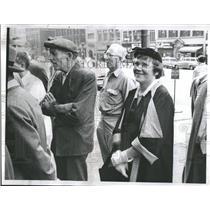 1954 Press Photo Chicagoan World Series TV Faces - RRQ15535