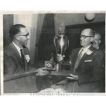 1957 Press Photo Ray Daughters Washington Athletic Club - RRQ65817