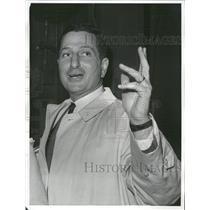 1964 Press Photo Allie Sherman New York Giants Coach - RRQ11039